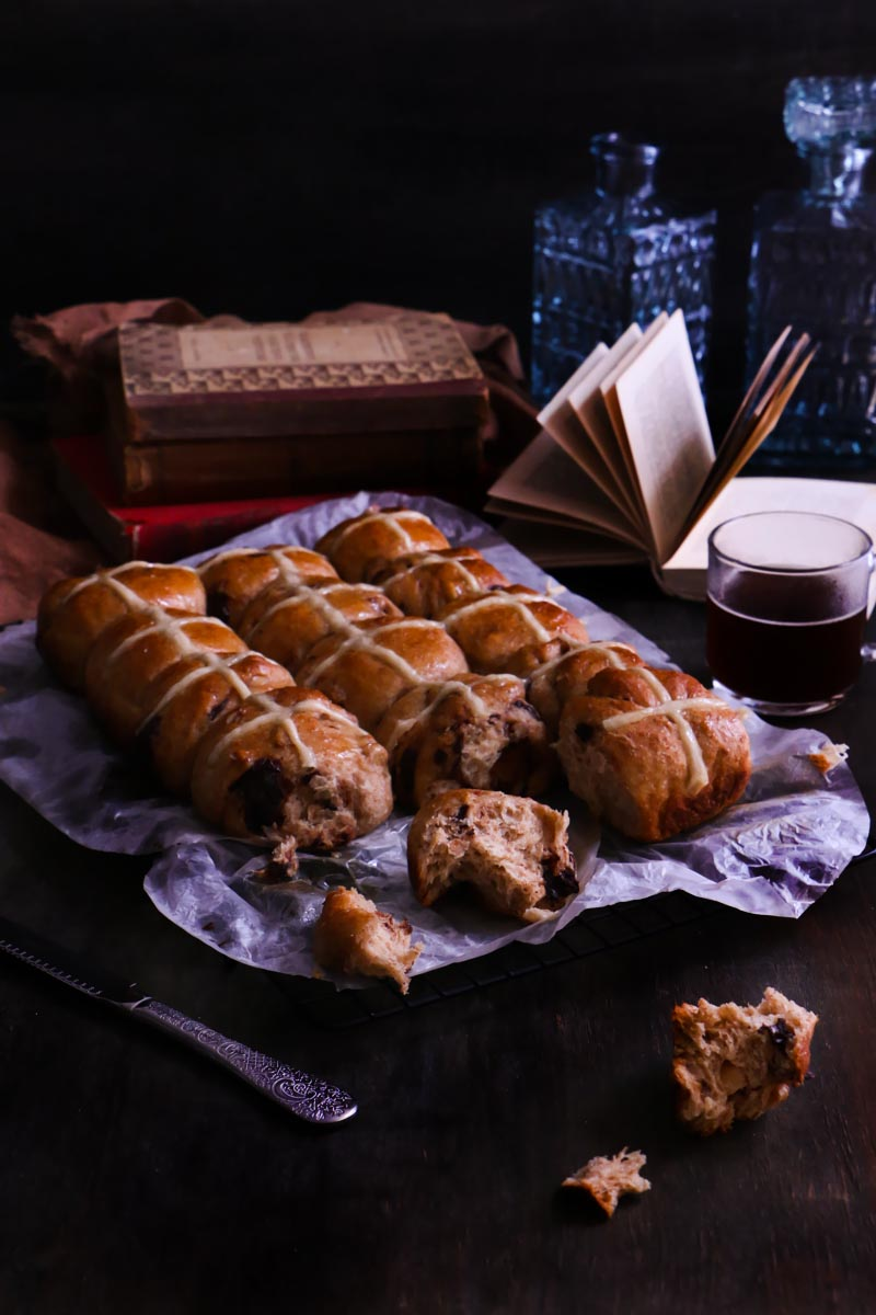 cross buns de chocolate