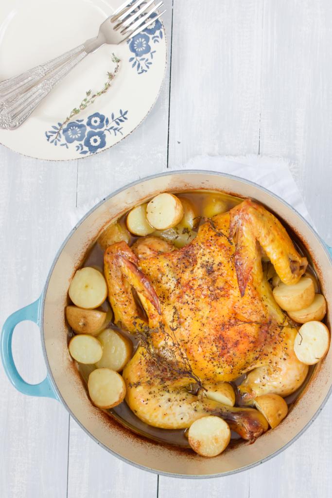 Pollo al horno con tomillo y papas