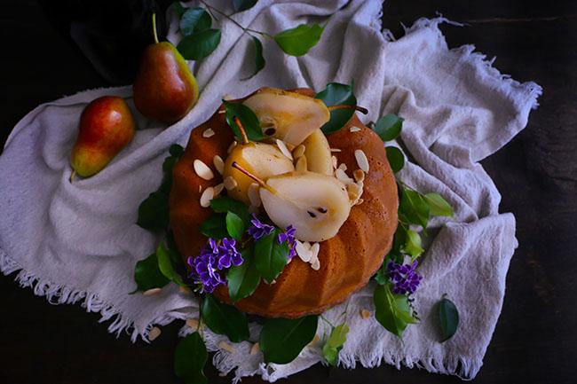 Pastel de Almendras con Cubierta de Frutas