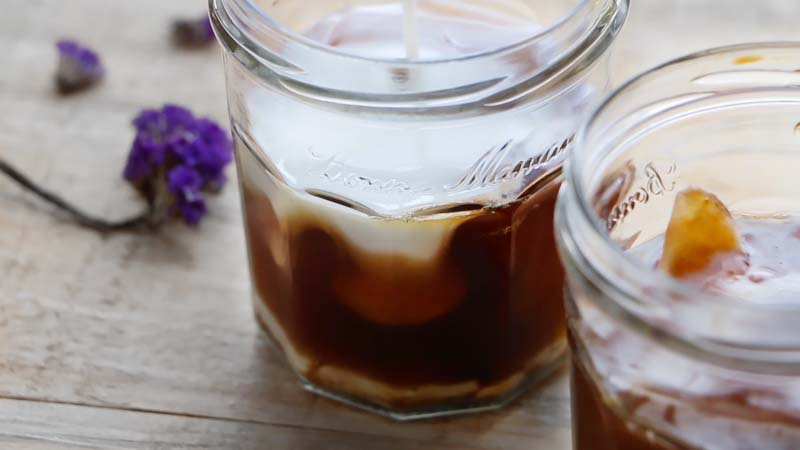Cafe frio con coco y lavanda-2