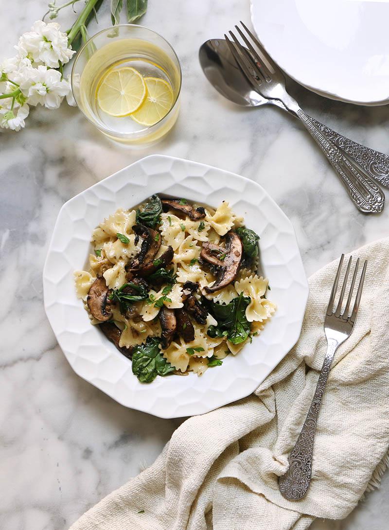 Pasta con champiñones y espinacas1