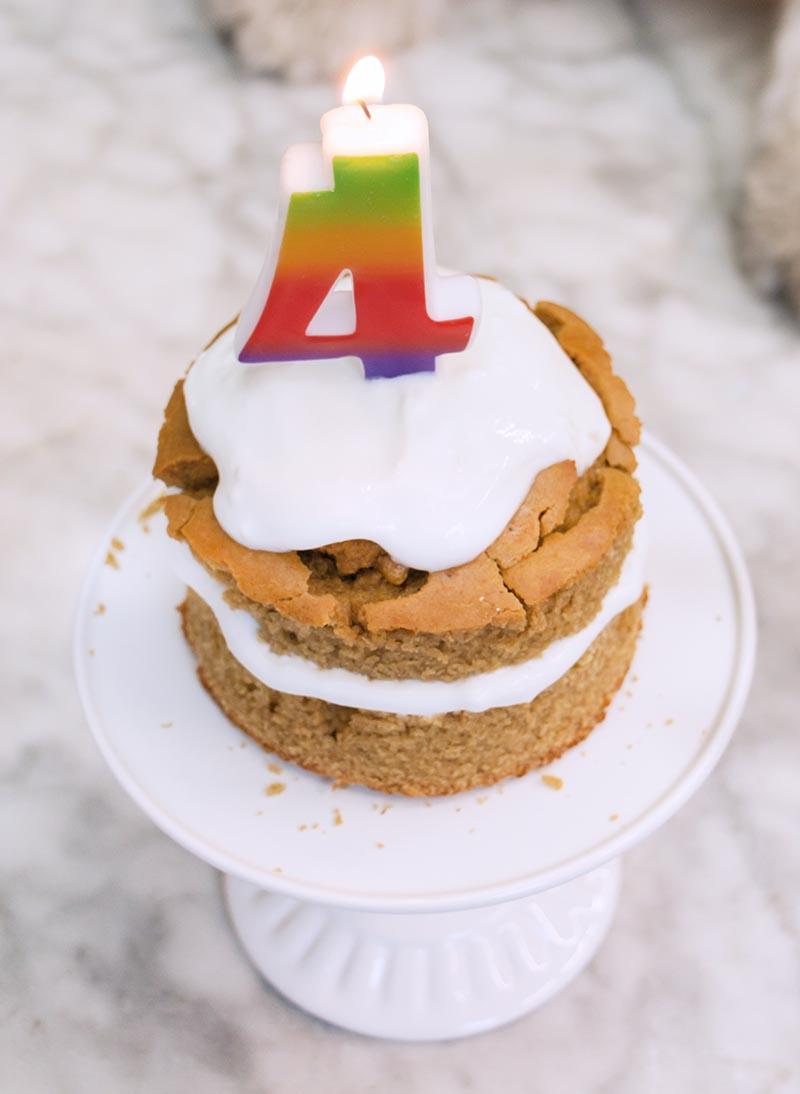 cumple 4 Baci pastel para perritos